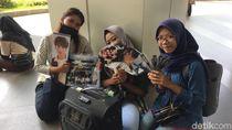 Jual Pernak-pernik K-Pop di HUT Transmedia, Pedagang Raup Untung Berapa?