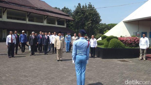 Menhan Prabowo Hadiri Sertijab Kepsek SMA Taruna Nusantara Magelang