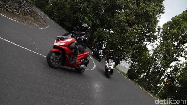 Hari Pertama Touring PCX, Lahap 137 Km, Manasin Rem