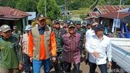 Tinjau Lokasi Banjir Bandang Sigi, Kepala BNPB Minta Setop Tebang Pohon Liar