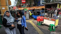 Aduh! Hak Pejalan Kaki di Kawasan Stasiun Gondangdia Dicuri
