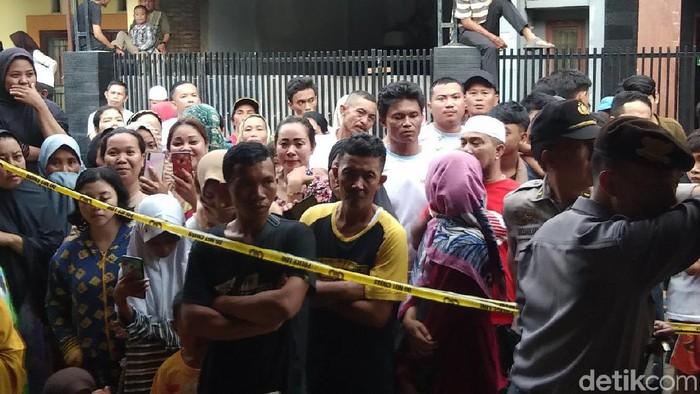 Foto: Lokasi mahasiswi Alauddin Makassar ditemukan tewas bersimbah darah. (Hermawan-detikcom)