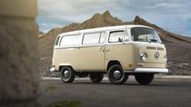 VW Kombi Jadul Disulap Jadi Mobil Listrik