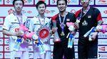 Senyum Bahagia Hendra/Ahsan Juara BWF World Tour Finals 2019