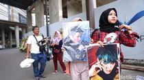 Penjual Makin Membludak ke Jalanan Jelang EXO Tampil di HUT Transmedia