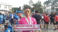 Kata Siapa Pengidap HIV Sakit-sakitan? Pria Ini Jago Lari Meski Positif
