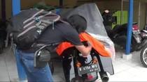 Harley Tabrak Nenek hingga Tewas saat Gandeng Cucu Nyeberang di Bogor