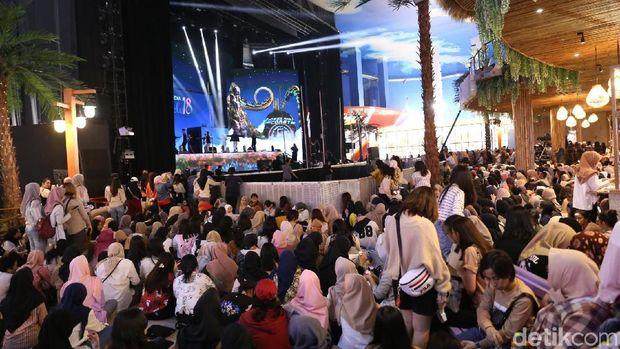 Para EXO-L yang sudah memenuhi venue