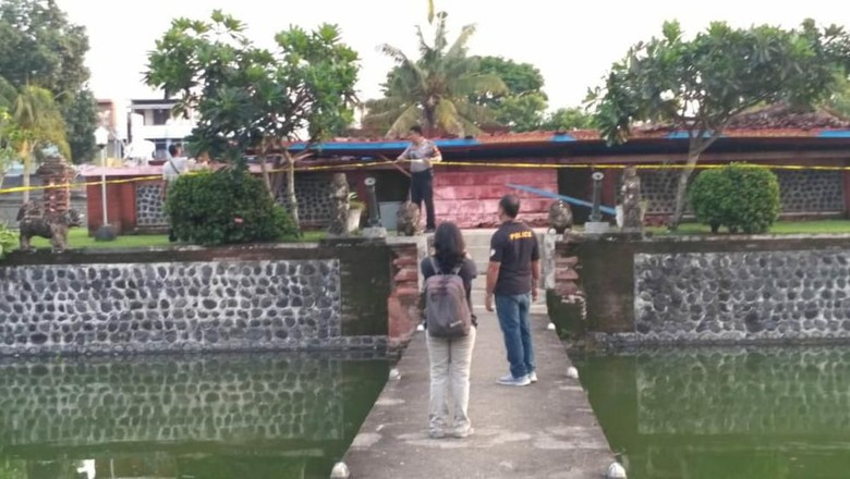 Balai Kambang di Taman Mayura pasca ambruk (Harianto Nukman/detikcom)