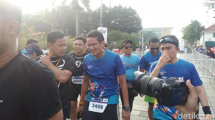 Sandiaga Uno usai mengikuti lomba lari di Kota Tua (Foto: Achmad Reyhan Dwianto/detikHealth)