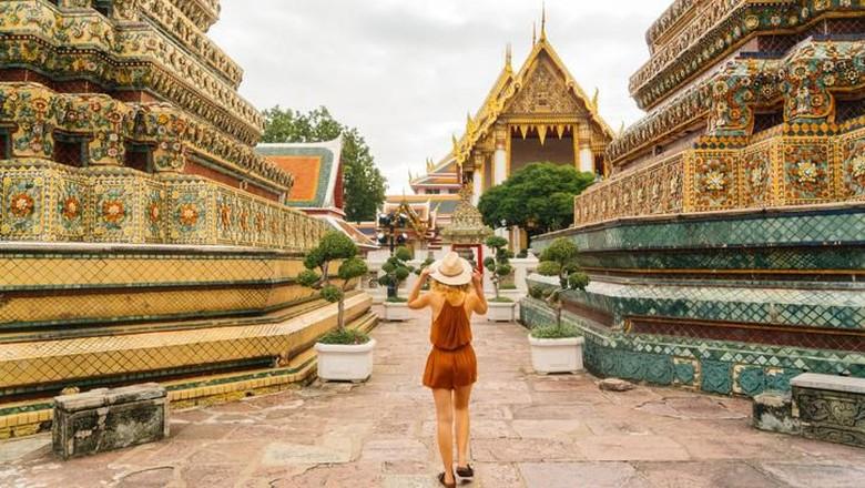Ilustrasi turis di Thailand (iStock)