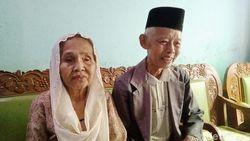 Malu-malu, Kakek-Nenek Romantis di KA Prameks Tahu Videonya Viral