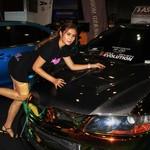 Senyum Manis Cewek Seksi di Pameran Modifikasi Malaysia
