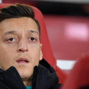 Arsenal Mau Usir Mesut Oezil dengan Cara Ini