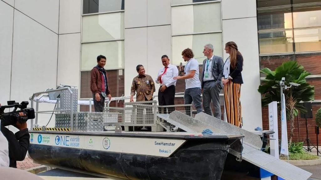 Bisa Angkut 1,2 Ton Sampah per Hari, Begini Canggihnya Kapal See Hamster