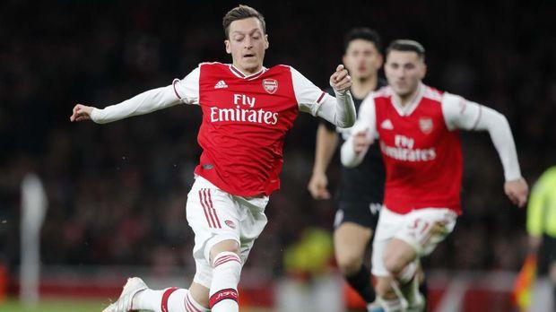 Dua Hari Buruk Ozil Bersama Arsenal