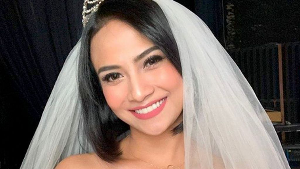 Vanessa Angel Menikah, Ini Mas Kawinnya