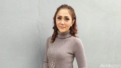 Aida Saskia Idap Kanker Payudara, Pasrah Tak Bisa Punya Anak-Kehilangan Job