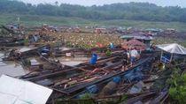 20 Keramba Jaring Apung di Cianjur Porak Poranda Diterjang Bah