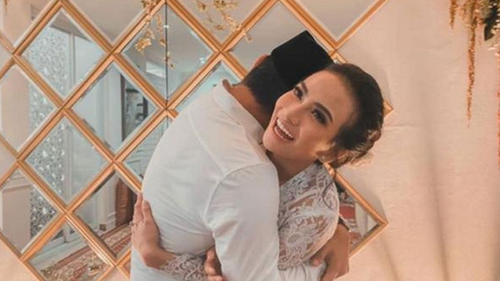 Vanessa Angel Resmi Menikah, Mantan Pacar Ucapkan Hal Ini