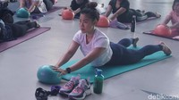 Melatih Balance dengan Yogalates, Kombinasi Yoga dan Pilates