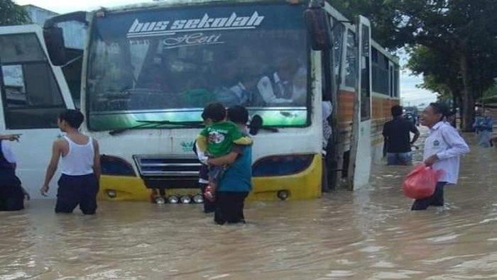 Banjir di Tebing Tinggi (Antara Foto)