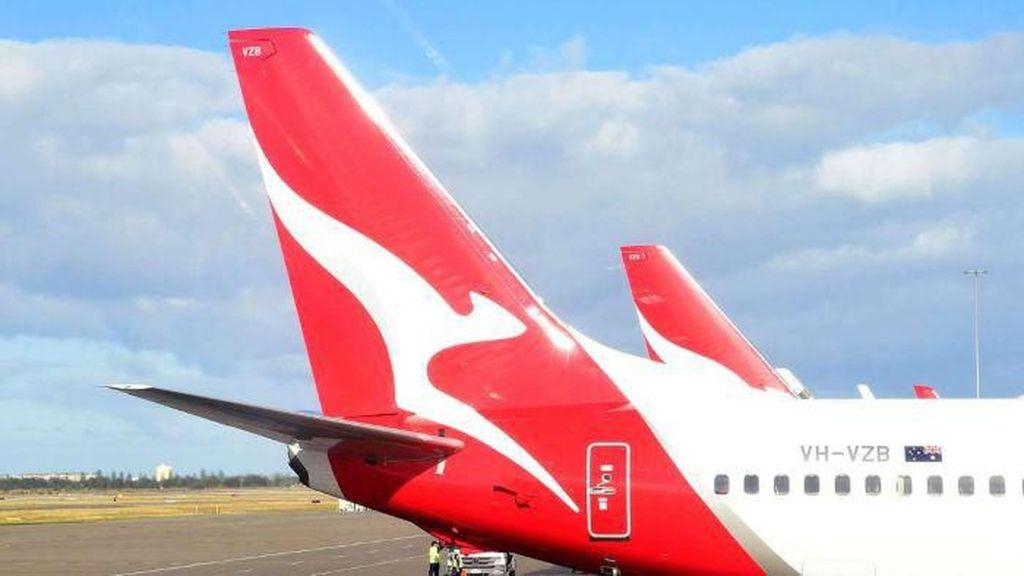 Kabin Dipenuhi Asap, Penumpang Pesawat Qantas Dievakuasi di Bandara Sydney