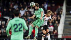 Semangat Pantang Menyerah Real Madrid di Mestalla