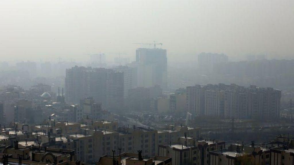Kabut Asap Bahayakan Kesehatan, Sekolah-sekolah di Iran Diliburkan