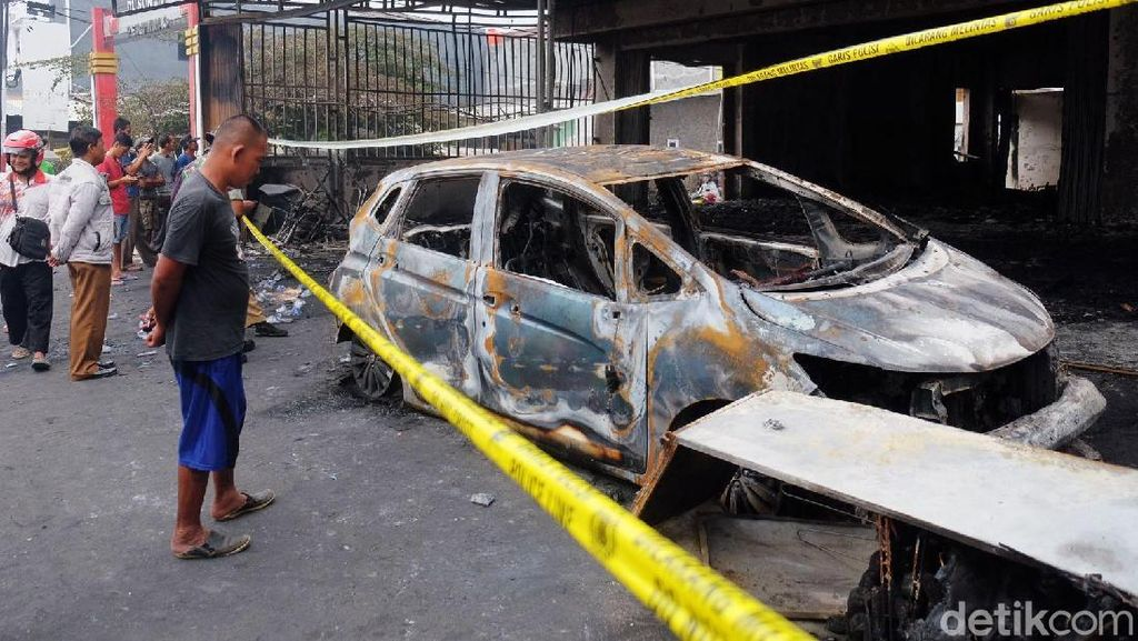 Begini Kondisi Ruko Mebel yang Terbakar di Karawang