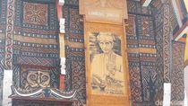Lukisan Jokowi Dipajang Depan Gereja di Tana Toraja, Ini Alasannya