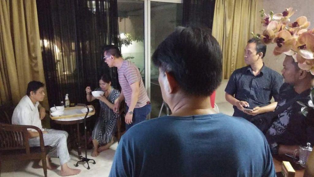 Video Viral Pemukulan ke Suami Stroke Ternyata Direkam oleh Istri
