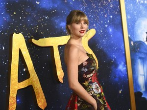 Taylor Swift Jual 1 dari 2 Jet Pribadinya Sebelum AS Lockdown