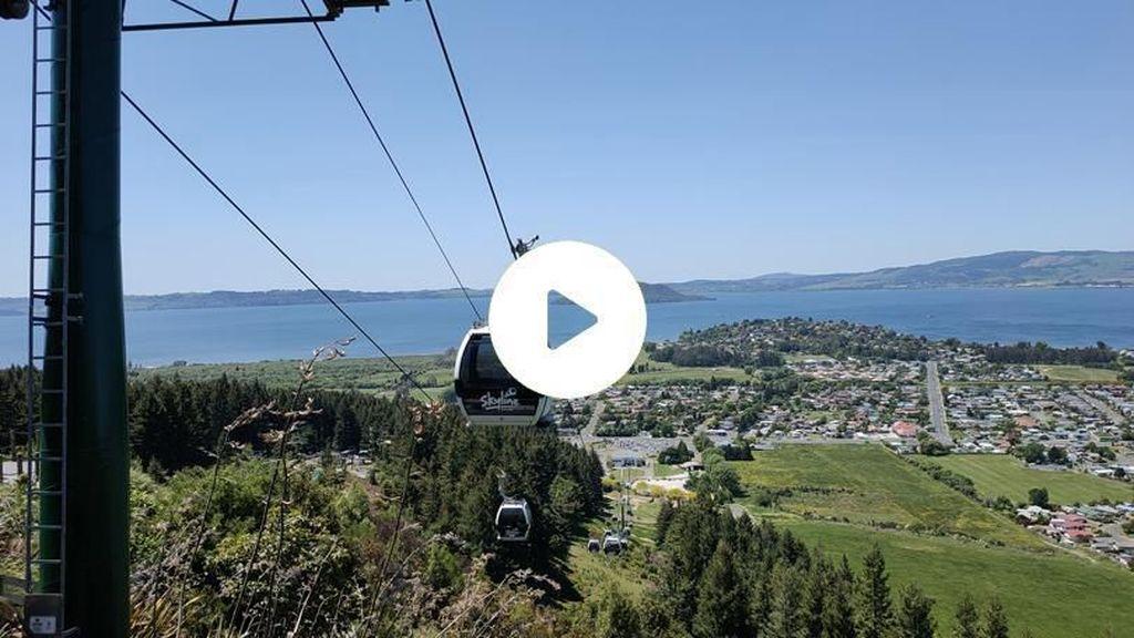 Memandangi Alam Negeri Kiwi dari Atas Awan
