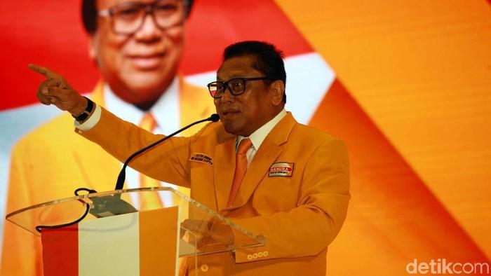 Partai Hanura menggelar Musyawarah Nasional ke-III di Hotel Sultan, Jakarta, Selasa (17/12). Munas ini dibuka oleh Ketua Umum Partai Hanura Oesman Sapta Odang (OSO).