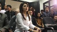 Jenita Janet Bisa Melukai Diri, Jika Alief Tak Ingin Cerai