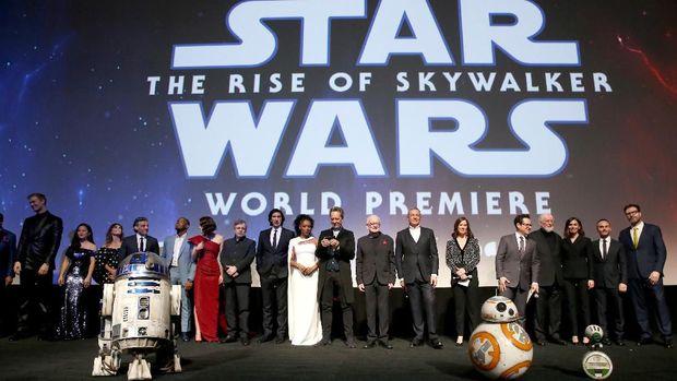 'Star Wars': dari Kritik Perang Vietnam hingga Opera Keluarga Skywalker