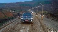 Pramono Nge-vlog Bareng Menteri di Bukit Berlumpur Ibu Kota Baru