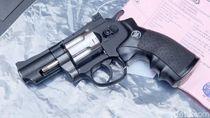 Ini Pistol Buatan Pria Lulusan SMP di Karawang
