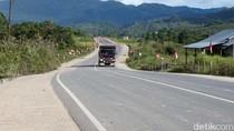 Jokowi Bangun Jalan 200 Km di Perbatasan RI-Malaysia, Buat Apa?