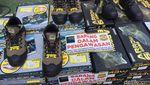 Barang Impor China Tak Ber-SNI Rp 15 M Dimusnahkan