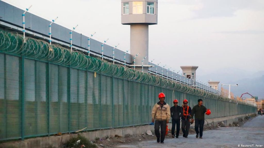 Trump Teken UU Soal Uighur, China Marah dan Ancam Akan Membalas