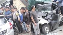 Seorang Balita Tewas Akibat Tabrakan Beruntun di Bandung Barat