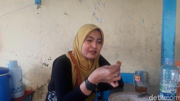 Nasi Madura Kongde Betabur 'Jembut Belanda' yang Gurih Pedas