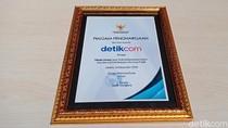 detikcom Raih Penghargaan Pendorong Keterbukaan Informasi Publik dari KIP