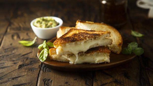 Ini Tips Bikin Roti Panggang Keju Enak dari Pakar Keju