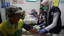 Jelang Libur Nataru, Sopir Bus Cek Kesehatan