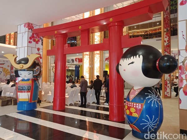 Transpark Mall Bintari menawarkan suasana ala Jepang yang unik jika dibandingkan dengan mal lainnya. (Putu Intan/detikcom)