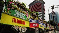Deretan Karangan Bunga Mejeng Untuk Pimpinan Baru KPK