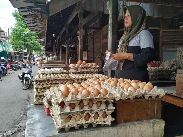 harga telur di Blitar